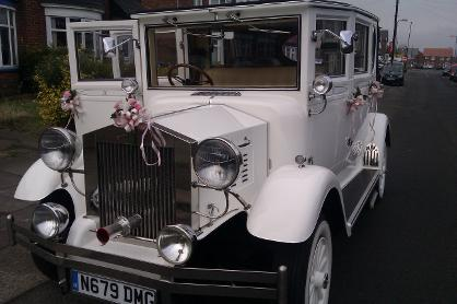 white vintage wedding limousine for hire in Middlesbrough and the north east